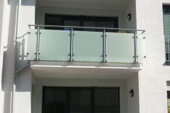edelstahl-gelaender-balkon-3